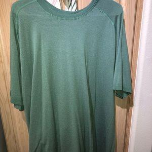 Lululemon nwot athletic shorts xxl green